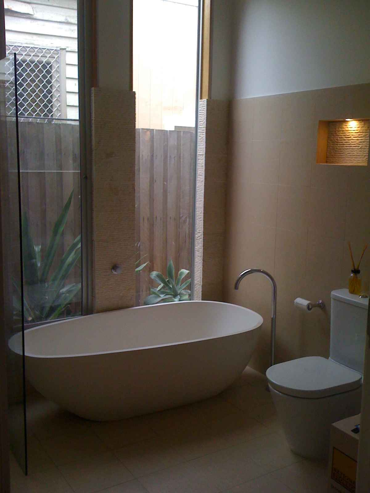 Beautiful bathrooms renovations and kitchens renovations for Bathrooms and kitchens